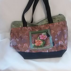 GOODY  GOODY CALIFORNIA  purse 2 flowers print